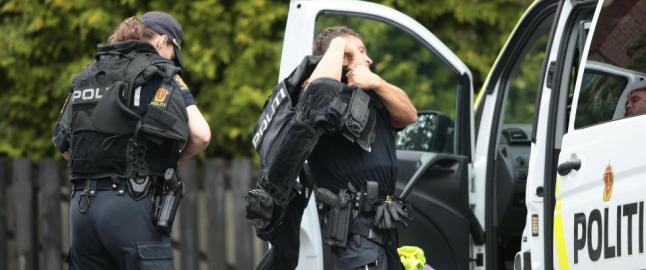 Politiet holder pressekonferanse om uskadeliggj�ringen av det bombelignende funnet p� Blindern