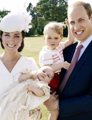 Hertugparet avsl�rer ekstreme metoder blant fotografene - bruker andre barn for � lokke prins George