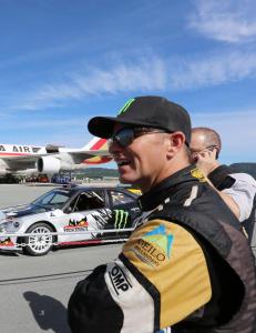 Petter Solberg skal l�re verdensmester i formel 1 � kj�re rallycross