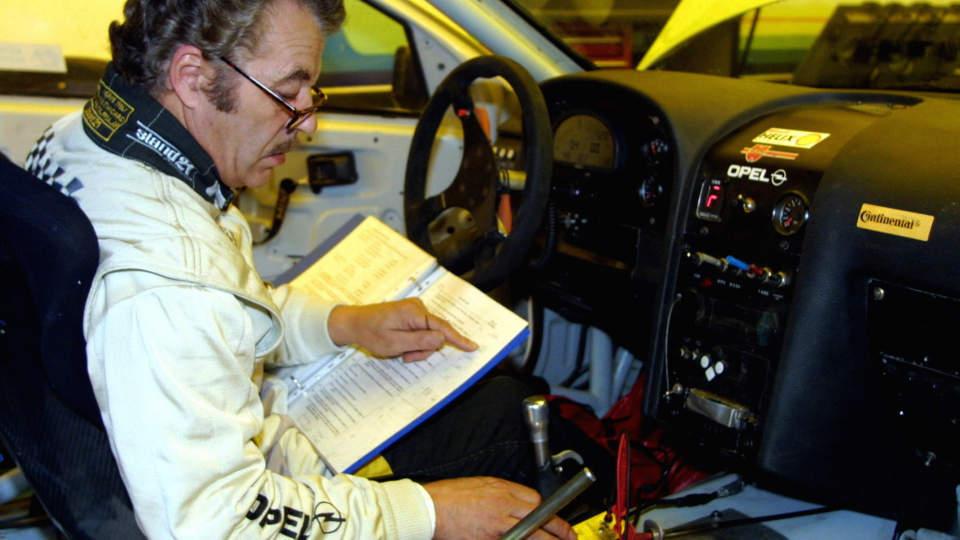M�TTE L�RE OPP PRODRIVE: Martin Schanche mener administratorne av Subarus rallysatsing, britiske Prodrive, skal ha sin del av skylden for uteblivende suksess for Petter Solberg de siste �rene. Bilsportlegenden m�tte selv tr� til da Prodrive ikke var i stand til � stille inn elektroniske differensialer som fungerte p� Petter Solbergs Subaru i 2006. Foto: J�rgen Steinli / SCANPIX