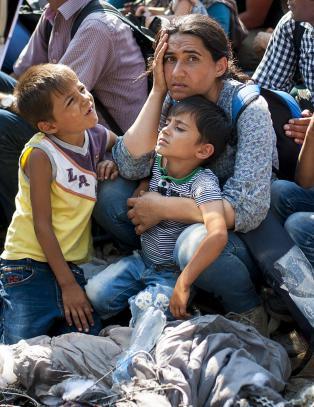 340 000 har ankommet EU siden januar. Hvordan l�se flyktningkrisen?