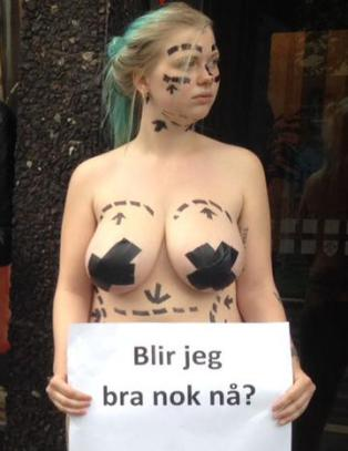naken norsk kjendis sexshop bergen