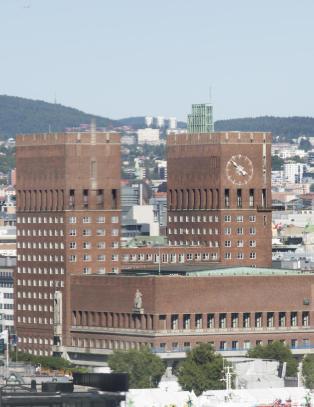 Klokka p� Oslo r�dhus stopper i ti dager
