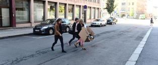 Nektet politiet � ransake kontoret til flyktning-topp