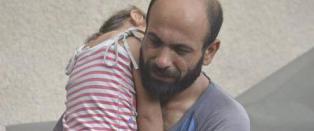 Syriske Abdul solgte penner p� gata for � fors�rge datteren. Akershus-mann har n� f�tt verden til � �pne lommeboka