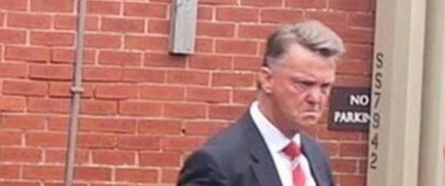 Dette ansiktsuttrykket sier alt om scoringsformen til Manchester United. N� jakter han ny spiss