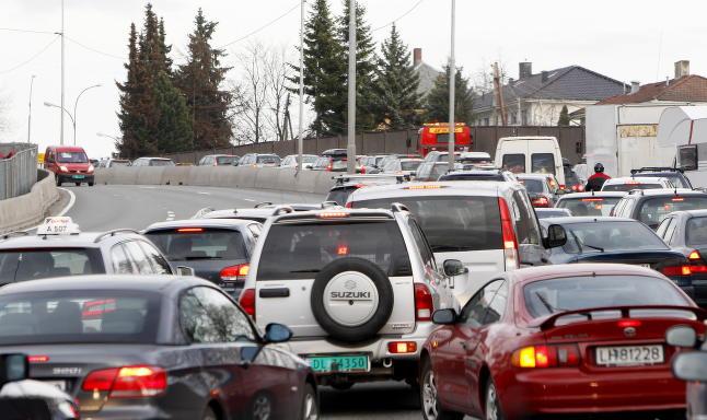 Tidenes st�rste trafikk�eksperiment: Vil fjerne k�en ved � stoppe bare 600 biler