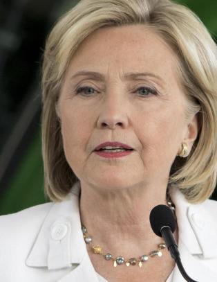 Flere tusen nye Clinton-eposter offentliggjort