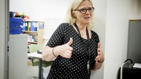 KLOKE HENDER: Avdelingsleder Ellen Møller ved Etterstad videregående skole sier at vi trenger de kloke hendene, ikke bare hendene.  Foto: Bjørn Langsem / Dagbladet