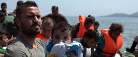Redd Barna: - Skj�nner at folk deler bilder av d�de barn