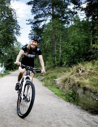 Ingrid B�e Jacobsen syklet inn til VM-s�lv i terrengsykling