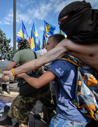 Vil Ukraina seg selv s� vondt at de �pner enda en front?