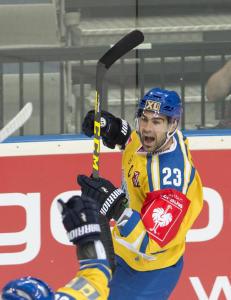 Kunstm�l fra Storhamar startet den norske hockeyfesten