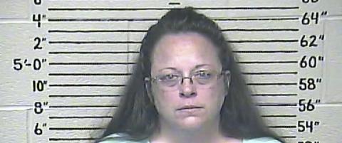 Hun ville nekte homofile � gifte seg i �Guds navn�. N� har hun havnet i fengsel
