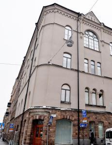 Zlatan vil flytte hjem til Sverige for barnas skyld. Gj�r om gammel kirke i Stockholm til luksusleilighet
