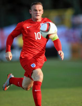 Rooney angrer p� Las Vegas-tur, n� advarer  han lagkameratene