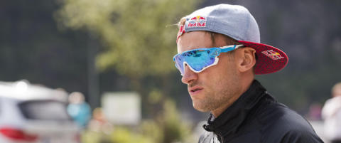 Idretten st�tter skiforbundet i kampen mot Northug