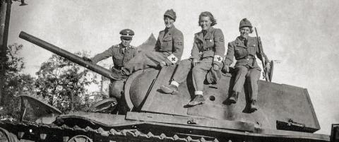 Norske kvinner pleiet Hitlers soldater ved �stfronten. 70 �r etter vekker innsatsen strid