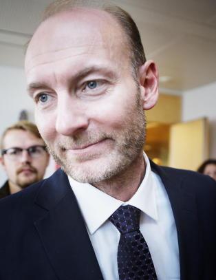 Uenig med kongehus-kritikken: - Kronprinsparet gj�r en god jobb