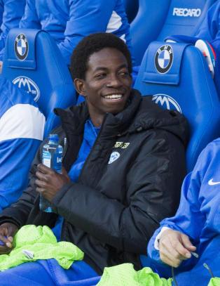 Bakenga vil spille for klubben hvor han har blitt hetset og drapstruet av fansen