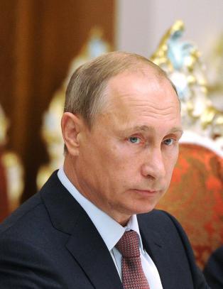 - Russland st�tter fortsatt  separatistene med v�pen, utstyr, trening og mannskap