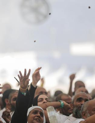 Minst 717 trampet i hjel under pilegrimsferd i Mekka