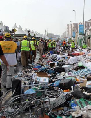 Norsk familie ved Mekka: - Tenker p� dem som mistet livet