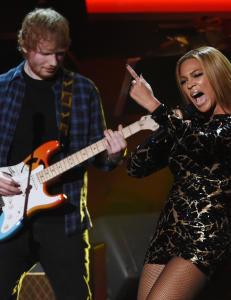 I natt kan Erna bli stjerna sammen med Beyoncé