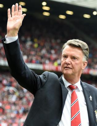 Van Gaal innr�mmer: - Det blir vanskelig � vinne Premier League