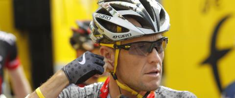 Armstrong har gjort opp med promotorselskap