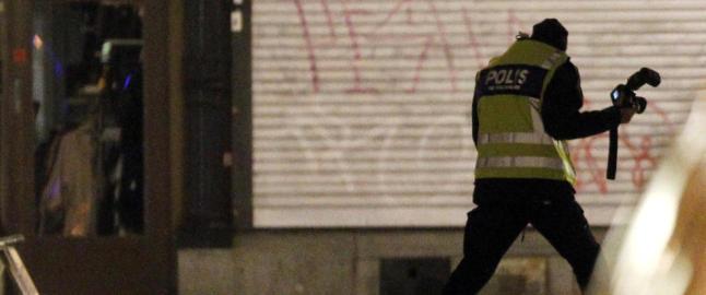 Mener svensk selvmords�bomber fikk hjelp av al-Qaida