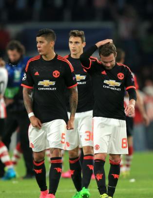 Engelsk fotballs forbannelse: - Lommeboka har blitt s� tjukk at de ikke klarer � l�pe