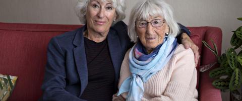 Anmeldelse: Mona Levin har laget et familiealbum om det st�rste sviket