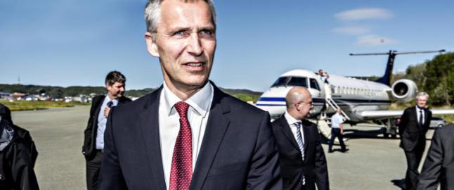 F�r godkjent for sitt f�rste �r som NATO-sjef