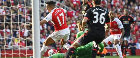 Her starter Sanchez ydmykelsen av Manchester United. 3-0 etter 20 minutter