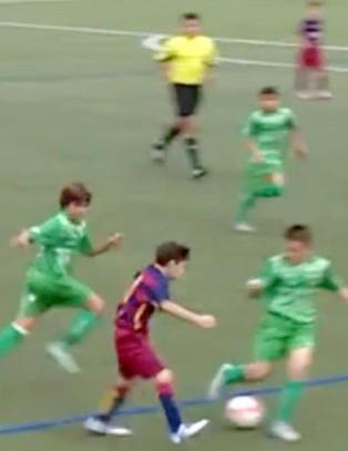 De er ikke gamle, men sjekk hvor gode gutta p� Barcelonas fotballakademi egentlig er!
