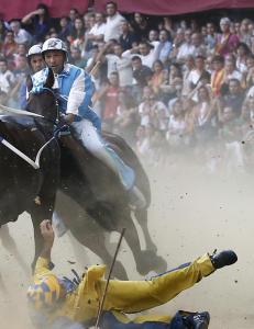 Det legendariske Palio-hestel�pet har en m�rk og korrupt bakside