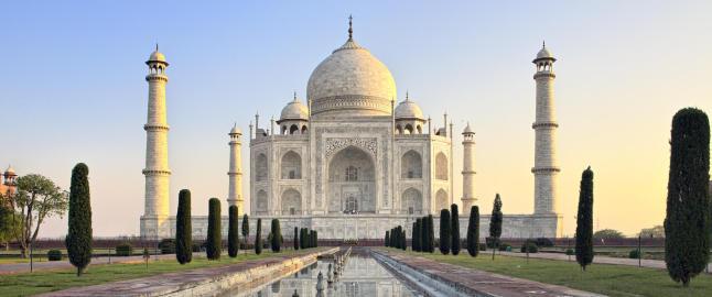Skal bruke ni �r p� � gj�re ren en av verdens mest ber�mte bygninger ved bruk av gj�rme