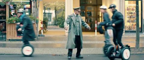 Hitler v�kner opp fra koma etter 70 �r i tysk film