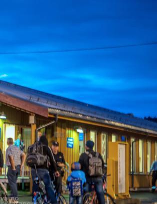 Syria-flyktninger kommer syklende over grensa i �st-Finnmark. Vekker internasjonal oppsikt
