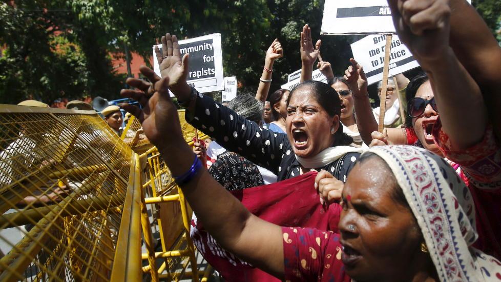 jenter i Delhi