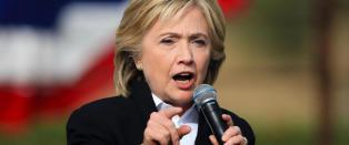 - Hillary endrer sin politikk for � sikre seieren