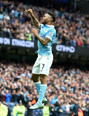 Sterling-hat trick da City lekte med Bournemouth