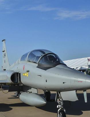 Solgte jagerfly for � dekke offiserenes reiseregning