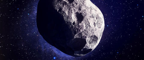 Plutselig dukket kjempe�asteroiden opp p� NASAs instrumenter. Ingenting har v�rt n�rmere jorda p� ni �r