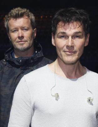 A-ha og Aurora Aksnes til Nobelkonserten