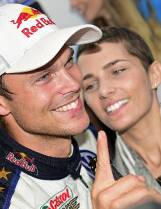 Da Andreas Mikkelsen vant sin f�rste VM-seier i rally, s� gikk tankene til to helt spesielle jenter