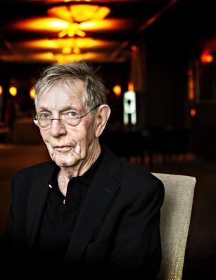 Anmeldelse: Novelle-kongen Kjell Askildsen (86) med solid comeback