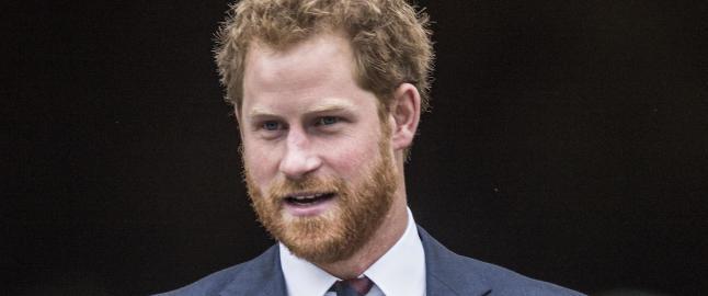 Prins Harry fløy sammen med død danske