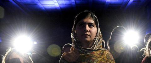 Hun har holdt tale i FN, men lurer fortsatt p� om klassevenninnene liker henne